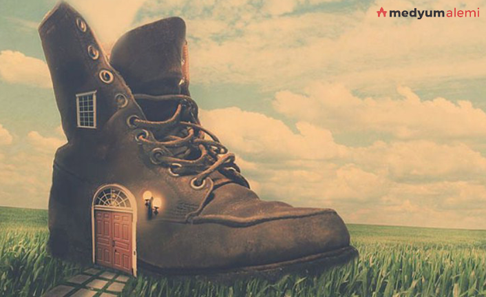Rüyada Ayakkabı Görmek ne demek? İslami ve Dini Anlamı