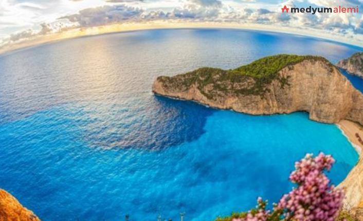 Rüyada Deniz Görmek ne demek? İslami ve Dini Anlamı