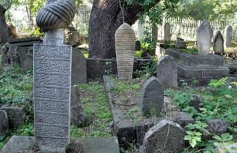 Ölü Toprağı Büyüsü Nedir? Nasıl Yapılır, Nasıl Bozulur?